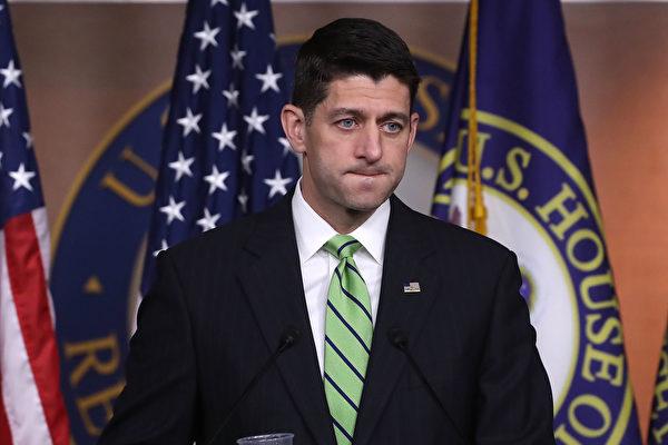 美國眾議院議長瑞安5月19日說,等收到國會預算辦公室對新健保法案的最終分析之後,眾議院本月將把它交給參議院,可能在兩週之內。(Mark Wilson/Getty Images)