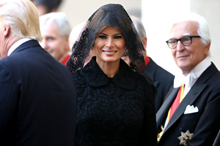VATICAN CITY, VATICAN - MAY 24: US President Donald Trump and his wife First Lady Melania Trump arrive at the Apostolic Palace for an audience with Pope Francis on May 24, 2017 in Vatican City, Vatican. The president will return to Italy on Friday, attending the Group of 7 summit in Sicily. Trump will also visit American troops stationed in at a US air base in Sicily. (Photo by Franco Origlia/Getty Images)