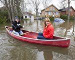 自4月份以来,加拿大全国出现洪水,魁省灾情最严重。(加通社)