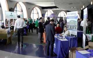2017春季商业博览会吸引超过1,200人参加。 (韩瑞/大纪元)