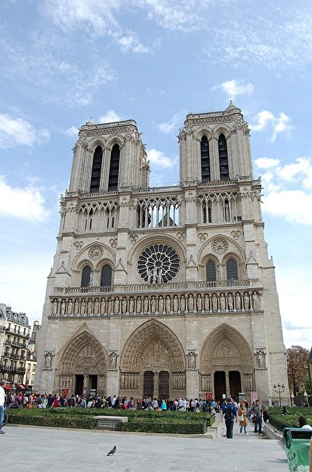 巴黎圣母院。(LoneWombatMedia/CC/Pixabay)