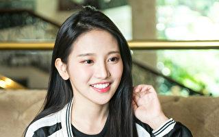 蔡瑞雪(图)外形甜美,3月到韩国旅游,因在脸书和IG放了韩服美照,被韩国媒体竞相报导而爆红。(Web TV Asia提供)