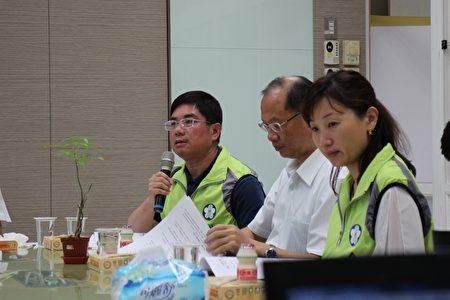 衛生局局長黃維民強調,不只賣土地,我們賣健康。(嘉義市政府提供)