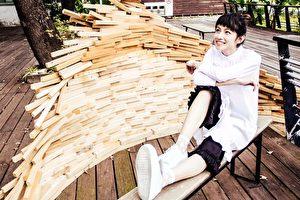 《不曾回來過》MV點閱破千萬大關,今天(21日)李千娜特別在臉書曬出65秒的KTV版與粉絲慶功。(環球唱片提供)