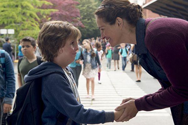 《奇迹男孩》预告催泪 一天吸引十万人观看