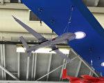 """国家中山科学研究院参加2017年巴黎航展。加拿大""""汉和防务评论""""月刊创办人平可夫说,中科院首次在巴黎航展展出自行设计的攻击无人机,并已进入测试阶段。(平可夫提供)"""