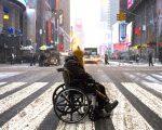 社区人士表示,政府对残障人士及家庭的投入很多,只是很多华人不会用。 (EDUARDO MUNOZ ALVAREZ/AFP/Getty Images)
