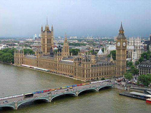 俗称Big Ben的大笨钟。(al_si/CC/Pixabay)