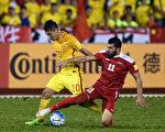 中國男足客場2:2戰平敘利亞,排名A組倒數第一,與第三名烏茲別克有6分差距,晉級世界盃只剩下理論可能。 (Stanley Chou/Getty Images)