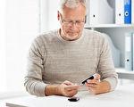 控制好血糖是糖尿病足的治療原則。(Fotolia)