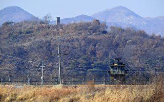 在朝鮮不顧國際制裁及批評,持續試射彈導及威脅核試驗之際,週二,一名朝鮮士兵越過三八線叛逃,引發國際關注。(JUNG YEON-JE/AFP/Getty Images)