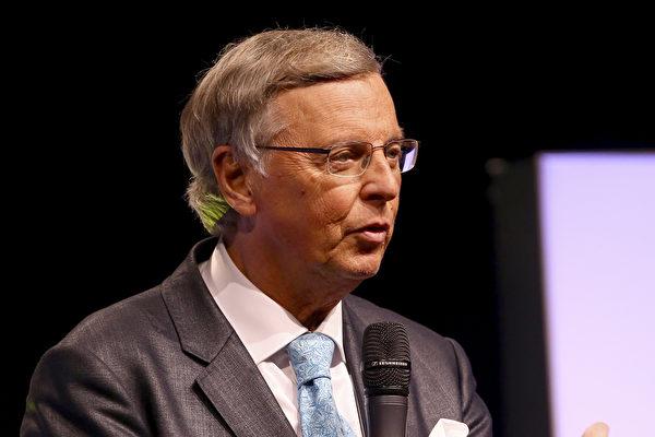 圖為基民盟內政部政治家Bosbach。(Christof Koepsel/Getty Images)
