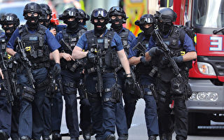 伦敦周六(6月3日)恐袭案造成至少7死,48人受伤。英国首相梅说,警方已确认犯案嫌犯身份。(Dan Kitwood/Getty Images)