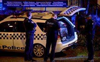 當地時間週一(6月5日)下午澳大利亞的墨爾本發生劫持人質事件,槍手和另外一人被擊斃,3名警察受傷。 (MAL FAIRCLOUGH/AFP/Getty Images)