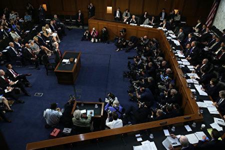 美国司法部部长塞申斯6月13日在参议院情报委员会作证。(Alex Wong/Getty Images)