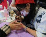 在纽约,从事美甲行业的华人大约有三万到五万人。 (大纪元资料库)