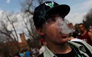 維州助理警長紐金特說,吸毒的學生越來越多,甚至十一二歲的孩子都在吸毒。(Chris Hondros/Getty Images)