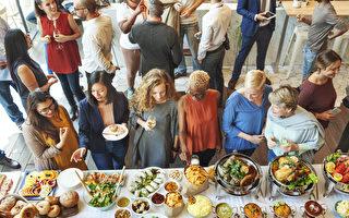 一些美食所特有的屬性,正如蘊含了豐富的營養一樣,同樣透射出一些很有幫助的職場小技巧。(Rawpixel.com/Shutterstock)