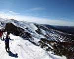 墨尔本市区周末最高气温为13度,高山地区可能出现降雪。(Stuart Hannagan/Getty Images)