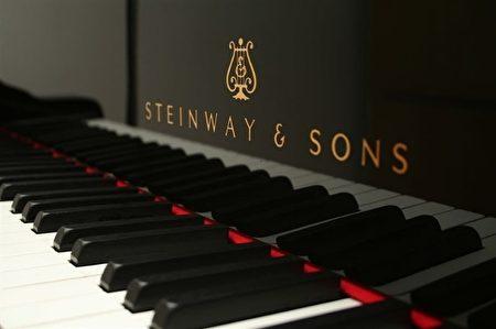 Theme & Variations 悉尼大钢琴行的各种各样全新欧洲名牌钢琴钢琴,包括施坦威(Steinways)。(商家提供)