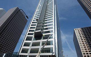 洛杉磯市中心新建大樓Wilshire Grand Center成為美西地區的最高建築。(Whilshire Grand項目提供)