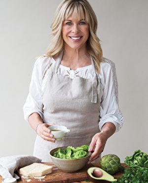 烹饪大师Annabel Langbein亲手展示烹饪艺术。(主办方提供)
