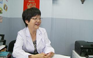 中医师 Ann Shi建议夏天要多喝水。(杨阳/大纪元)