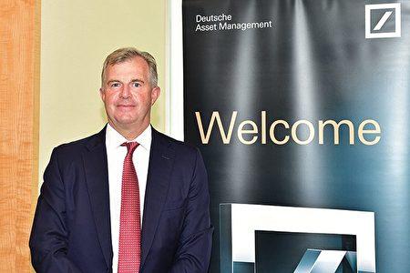 德意志资产管理亚太区投资主管Sean Taylor表示,恒指未来或会有轻微调整,但相信年底将见更高水平。(郭威利/大纪元)