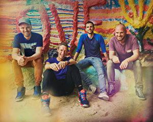 来自英国的酷玩乐团(Coldplay)即将在8月发行最新实体EP《万花筒》。(华纳提供)