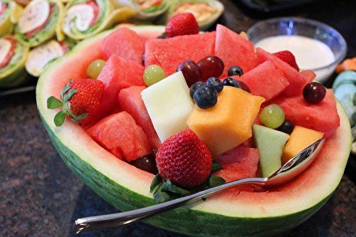 西瓜水果拼盤。(melissaleighstanley/CC/Pixabay)