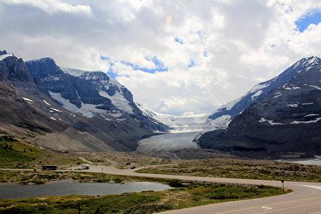 哥伦比亚冰川。(Sunny/大纪元)