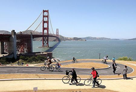 加州旧金山的金门大桥。(Justin Sullivan/Getty Images)