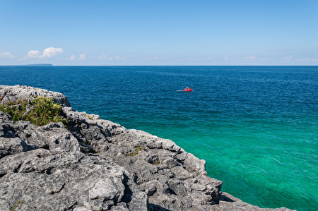 B布鲁斯半岛国家公园的水天一色。(Fotolia)