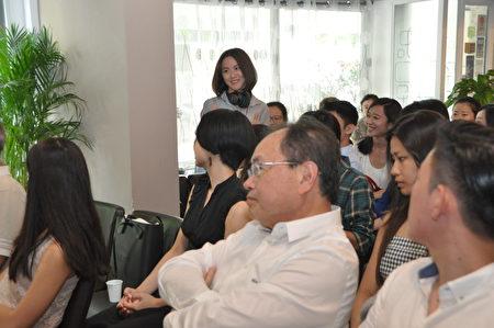 与会人员热烈讨论(驻法国台北代表处提供)
