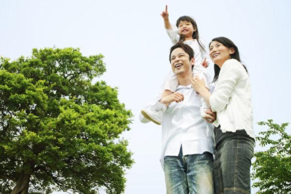 家庭是孩子们学习人生、一直持续生活的地方。(Paylessimages /Fotolia)