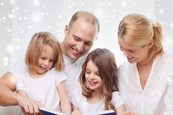 很多人沒有意識到,加拿大沒有禮品稅,所以如果給孩子、孫子女、或者任何人現金的話,不會被稅局算作收入,因此不會被徵稅。(FOTOLIA)