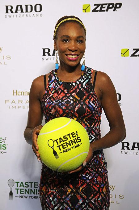 "2015年8月27日,大威在纽约参加""品味网球""晚会。(Brad Barket/Getty Images for AYS)"