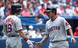 MLB林子伟单场3支安打 台湾第一人