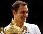 费德勒第八次温网称王。 ( Clive Brunskill/Getty Images)