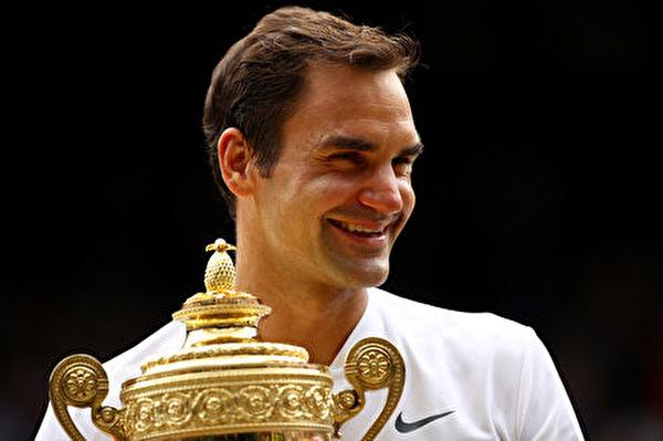 費德勒第八次溫網稱王。 ( Clive Brunskill/Getty Images)