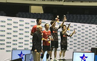 臺灣男雙選手盧敬堯(左二)及楊博涵(左三)勇奪亞軍。(主辦方提供)