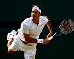 瑞士球王費德勒連續第4年、生涯裡總共第12次打進溫網四強。(Clive Brunskill/Getty Images)