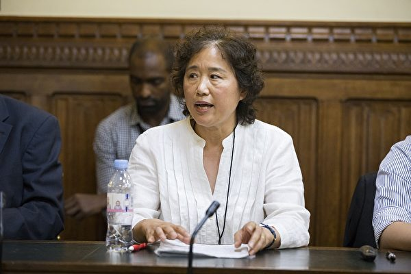 目前居住在英国的法轮功学员杨峰曾因修炼法轮功于2005年3月被北京警察非法抓捕。(Simon Gross/大纪元)
