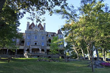 心岛上的城堡见证美丽凄婉的爱情故事。(Sunny/大纪元)