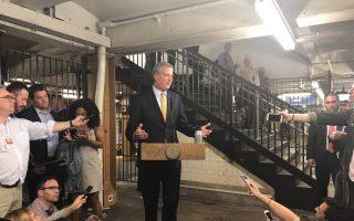 白思豪在记者会上表示,纽约市政府将全力配合。 (柯婷婷/大纪元)