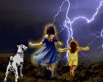 美国犹他州小姐妹遭雷击昏迷,狗狗搬救兵救人。(大纪元制图)