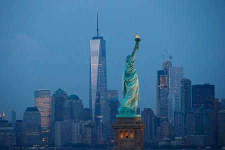 """纽约是个24小时不间断""""叫喊""""的不夜城。"""