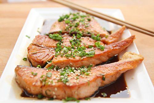 鮭魚。(Wow Phochiangrak/CC/Pixabay)