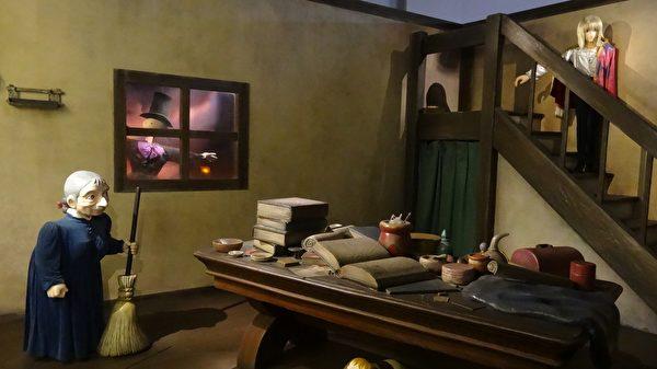 吉卜力特展中《霍爾的移動城堡》場景。(曾晏均/大紀元)