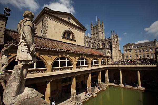英國巴斯的羅馬古浴場(Matt Cardy/Getty Images)
